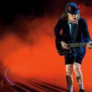 AC/DC ― это группа с мальчиком, Музыкальный Портал α