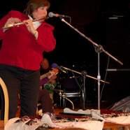 Joanie Madden, Музыкальный Портал α