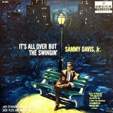 Обложка альбома It's All Over but the Swingin', Музыкальный Портал α