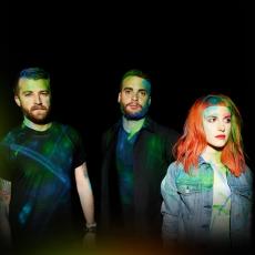 Paramore, Музыкальный Портал α