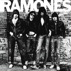 Обложка альбома Ramones, Музыкальный Портал α