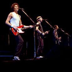Dire Straits, Музыкальный Портал α