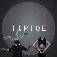 Tiptoe, Музыкальный Портал α