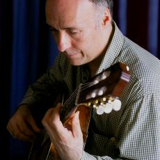 Carlos Bonell, Музыкальный Портал α