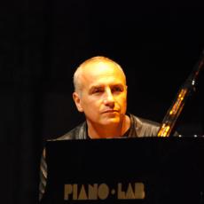 Danilo Rea, Музыкальный Портал α