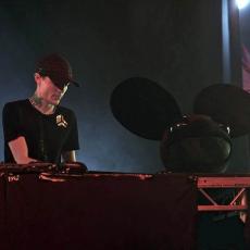 Deadmau5, Музыкальный Портал α