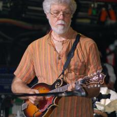 Fred Tackett, Музыкальный Портал α