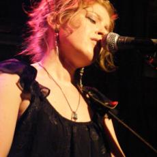 Jess Klein, Музыкальный Портал α