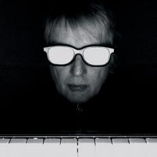 Keith Hale, Музыкальный Портал α