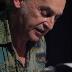 Peter Lemer, Музыкальный Портал α
