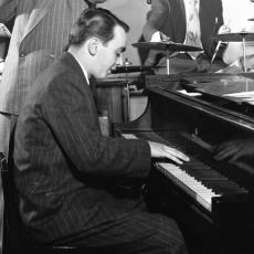 Ralph Burns, Музыкальный Портал α