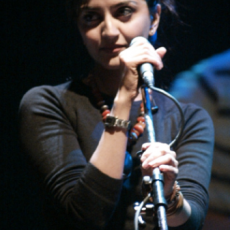Reena Bhardwaj, Музыкальный Портал α