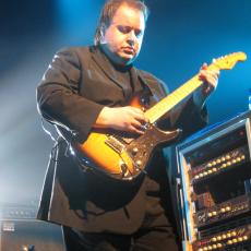Steve Rothery, Музыкальный Портал α
