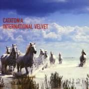Обложка альбома International Velvet, Музыкальный Портал α