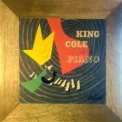 Обложка альбома King Cole at the Piano, Музыкальный Портал α