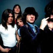 AC/DC, Музыкальный Портал α