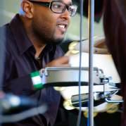 Abdissa Assefa, Музыкальный Портал α