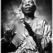 Бабатунде Олатунджи, Музыкальный Портал α