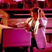 Billy Powell, Музыкальный Портал α