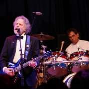 Bob Weir, Музыкальный Портал α