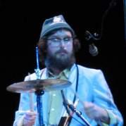 Dave Clark, Музыкальный Портал α