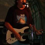 Dennis Stratton, Музыкальный Портал α