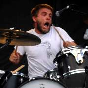 Grant Hutchison, Музыкальный Портал α