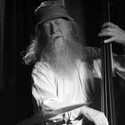 Hugo Rasmussen, Музыкальный Портал α