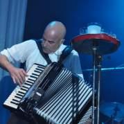 James Fearnley, Музыкальный Портал α