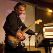 James Johnston, Музыкальный Портал α