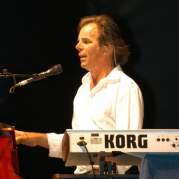 Jonathan Cain, Музыкальный Портал α