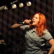 Кэти Би, Музыкальный Портал α