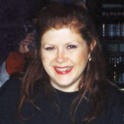 Kirsty MacColl, Музыкальный Портал α