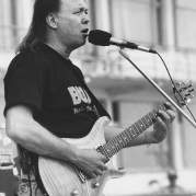Mike Deasy, Музыкальный Портал α