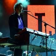 Mike Lindup, Музыкальный Портал α