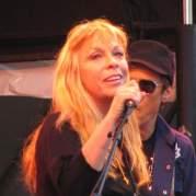 Rickie Lee Jones, Музыкальный Портал α