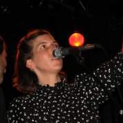 Rosie Thomas, Музыкальный Портал α