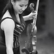 Сара Чанг, Музыкальный Портал α