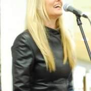 Sass Jordan, Музыкальный Портал α