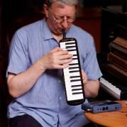 Steve Beresford, Музыкальный Портал α