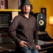 Stuart Brawley, Музыкальный Портал α