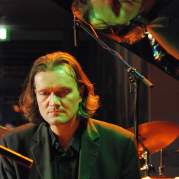 Walter Lang, Музыкальный Портал α