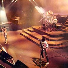 Queen, Музыкальный Портал α