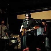 Yo La Tengo, Музыкальный Портал α