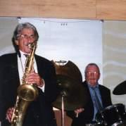 Frank Vicari, Музыкальный Портал α