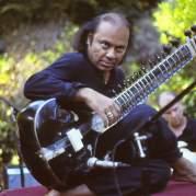 Nishat Khan, Музыкальный Портал α
