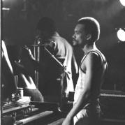 Robbie Lyn, Музыкальный Портал α